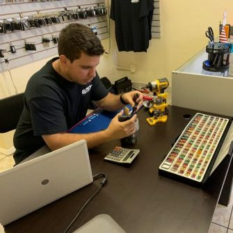 Locksmith Orlando technician working